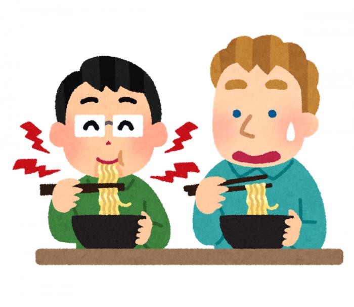 麺をすする音に驚く外国人